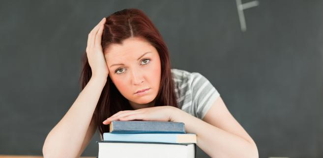 Zmiana przepisów była konieczna ze względu na ich dostosowanie do wymagań kwalifikacyjnych obowiązujących od roku akademickiego 2012/2013 w rozporządzeniu ministra nauki i szkolnictwa wyższego z 17 stycznia 2012 r. w sprawie standardów kształcenia przygotowującego do wykonywania zawodu nauczyciela (Dz.U. z 2012 r. poz. 131).