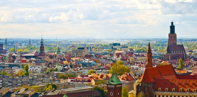 Przetarg na usługi transportu zbiorowego we Wrocławiu początkowo wygrało konsorcjum, w którym prokurentem jednej z firm był obywatel Niemiec