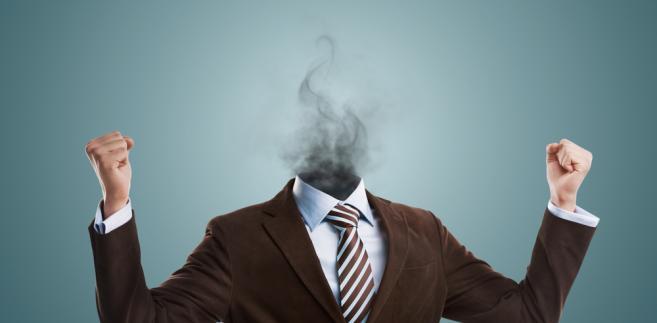 Wulgaryzmy i szkalujące maile od pracodawcy: Zobacz, co może zrobić pracownik