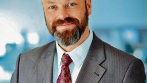 dr Marek Benio prawnik, doktor nauk ekonomicznych, adiunkt w Katedrze Gospodarki i Administracji Publicznej na Uniwersytecie Ekonomicznym w Krakowie, współzałożyciel Inicjatywy Mobilności Pracy
