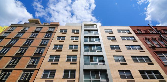 Spółdzielnie mieszkaniowe: Prezesi mogą pełnić swoje funkcje dożywotnio. Poziom patologii...