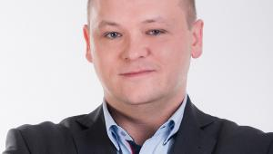 Konrad Bartnicki Senior Sales Engineer, BI & Infrastructure Enterprise Business Group Lenovo