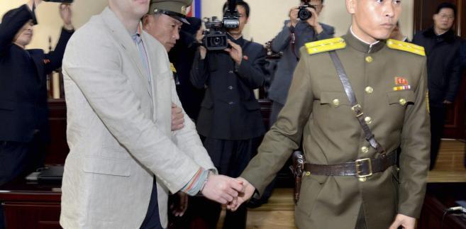 Otto Warmbier skazany przez Sąd Najwyższy w Korei Płn. za przestępstwa przeciwko państwu i działalność wywrotową.