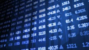 """""""A jeśli chodzi o inwestorów, to niepewność ta podsyca jeszcze ich niepokój, co powoduje że wskaźnik strachu graczy rynkowych rośnie"""" - dodaje."""