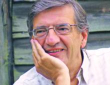 Andrzej Szahaj, historyk myśli społecznej i filozof polityki, profesor zwyczajny Uniwersytetu Mikołaja Kopernika w Toruniu