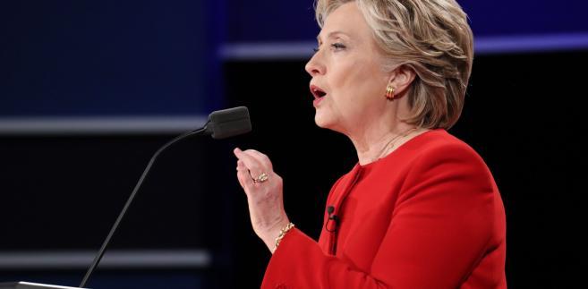 Clinton w czasie debaty