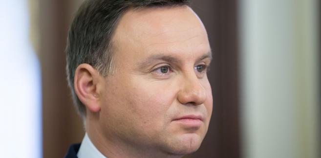 """""""Pan prezydent wysłucha tego, z czym przychodzą do Pałacu przedstawiciele organizacji, (...) chce poznać różne spectrum opinii"""" - powiedziała Sadurska."""