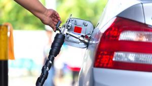 Kierowcy mogą się więc cieszyć, bo – jak twierdzą eksperci – ceny paliw na stacjach w najbliższych tygodniach nie powinny się znacząco zmienić, a nawet mogą nieco spaść.