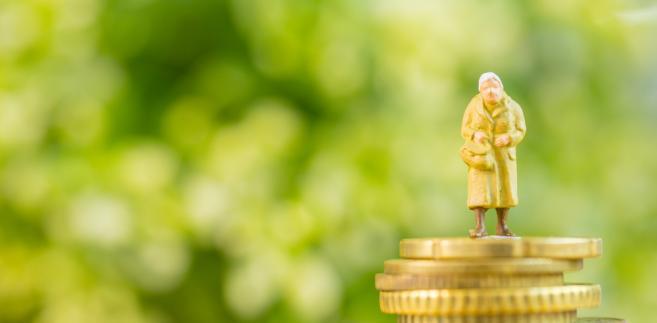 Obniżony wiek emerytalny. 10 najważniejszych pytań i odpowiedzi