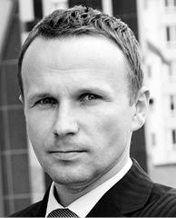 Artur Piechocki radca prawny w APLaw Artur Piechocki, były wieloletni doradca ds. prawnych i polityki domenowej rejestru PL w NASK