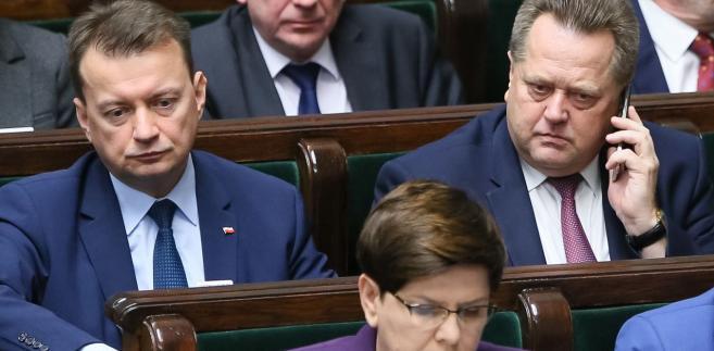 """""""Dlaczego to robicie, dlaczego uderzacie w bezpieczeństwo polskich obywateli?"""" - powiedziała premier zwracając się do polityków PO"""