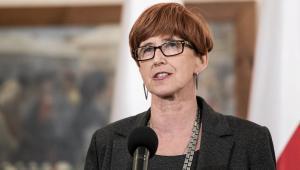 """Rafalska powiedziała, że MRPiPS pracuje obecnie """"nad rozwiązaniem, które poprawiłoby sytuację emerytów, którzy są w najtrudniejszej sytuacji dochodowej""""."""