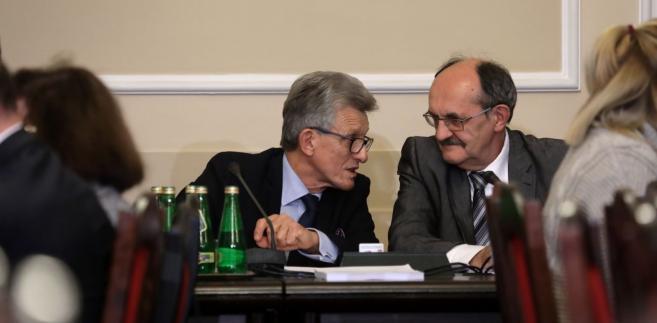 Przewodniczący komisji Stanisław Piotrowicz oraz wiceprzewodniczący Andrzej Matusiewicz