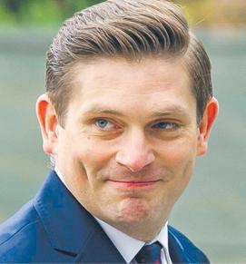 Bartosz Kownacki, poseł z ramienia PiS, w latach 2015–2018 sekretarz stanu w MON