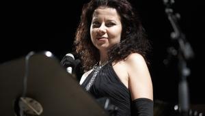 """Agata Zubel jest laureatką wielu konkursów i nagród, m.in. Paszportu """"Polityki"""" (2004 r.) i Fryderyka (2010 r.). W 2014 r. za kompozycję pt. """"Not I"""", zarejestrowaną z Klangforum Wien, otrzymała nagrodę Polonica Nova, a w 2016 r. została laureatką nagrody Koryfeusz Muzyki Polskiej w kategorii osobowości roku."""