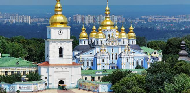 Obie jednak nie są uznawane za kanoniczne przez Kościoły prawosławne w świecie.