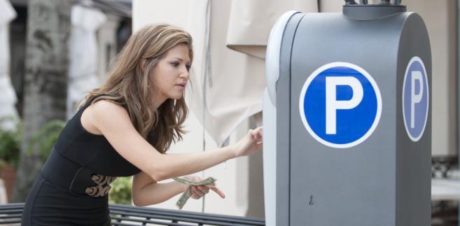 Ustawa przygotowana przez resort inwestycji i rozwoju to nie tylko kwestia parkingów.