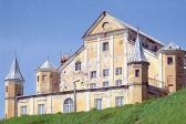 Odrestaurowany zamek albo pałac to biznes, który przynosi dochody