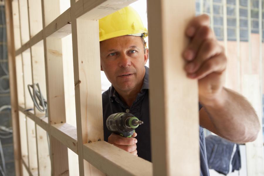 Budowa, nieruchomości, remont, stolarz