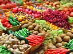 """""""Polska"""" sałata z Hiszpanii, a """"polskie"""" pomidory z Maroka. Kontrolerzy sprawdzili warzywa i owoce w marketach"""