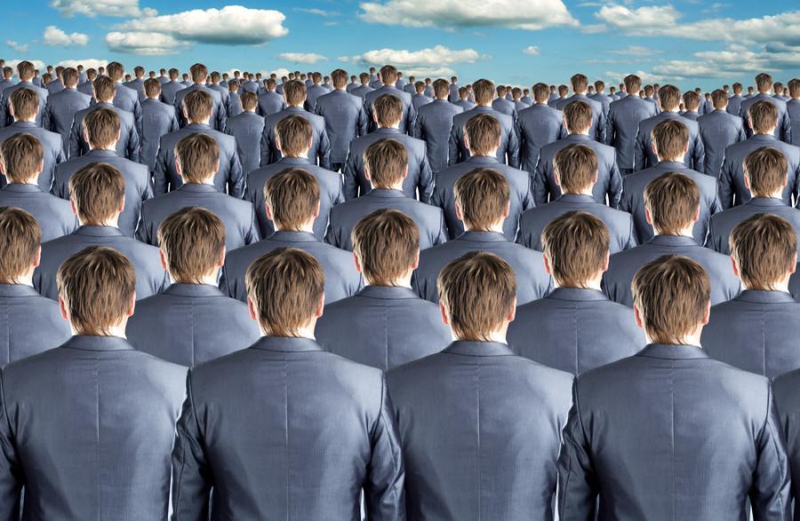 grupa osób, urzednicy, biznesmeni