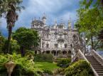 1. miejsce: Quinta da Regaleira – pałac pełen symboli i niezwykłych metafor wraz z przylegającym pięknym ogrodem, wpisany jest na światową listę dziedzictwa UNESCO.