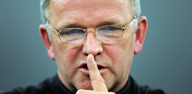 Ksiądz Wojciech Lemański nie wróci na parafię do Jasienicy