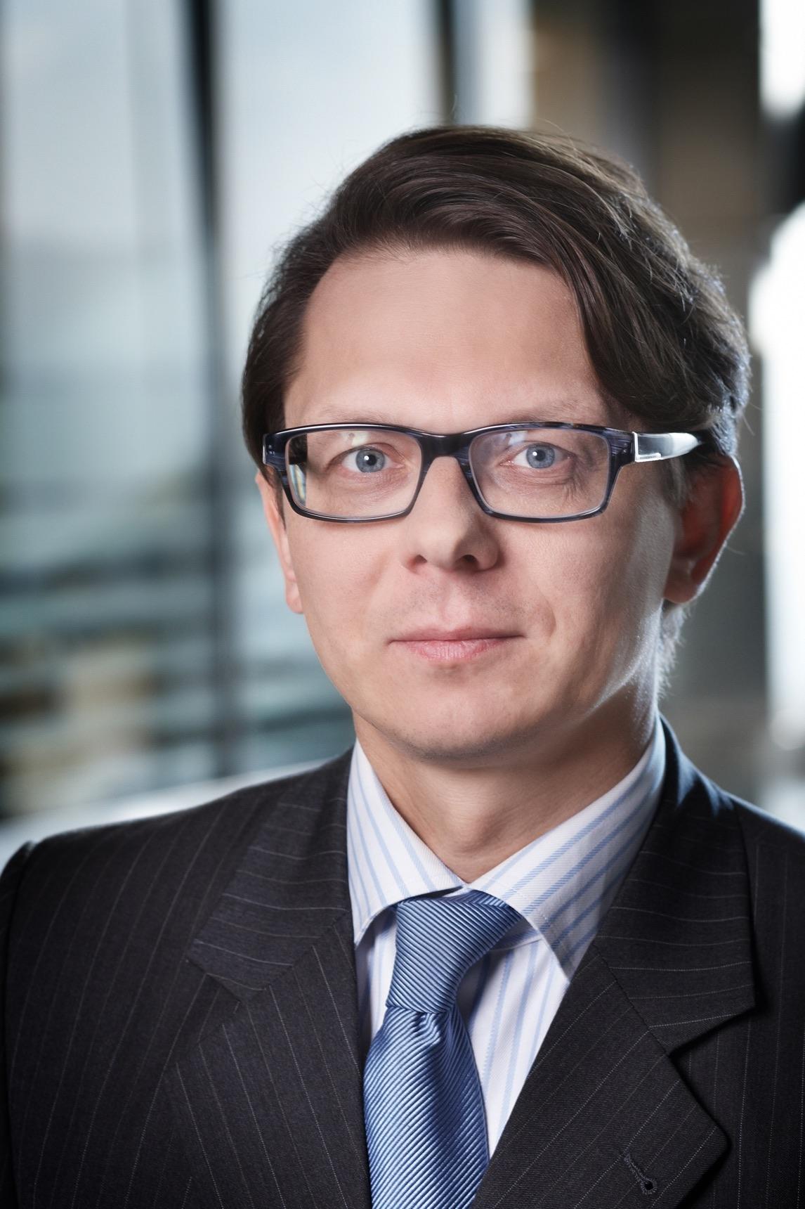Jakub Celiński partner w Baker & McKenzie