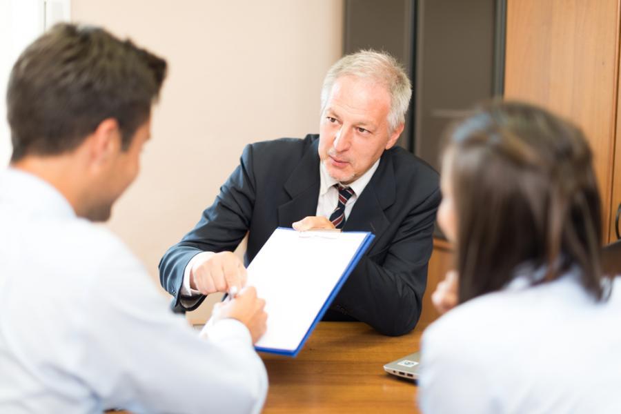 prawnik, biznes, umowa