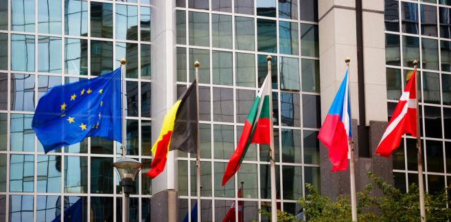 KE przedstawiła w poniedziałek zalecenia dla poszczególnych krajów unijnych na ten rok, w których zawarła wytyczne dotyczące polityki gospodarczej na okres najbliższych 12–18 miesięcy. Znalazły się w nich również rekomendacje dla Polski.