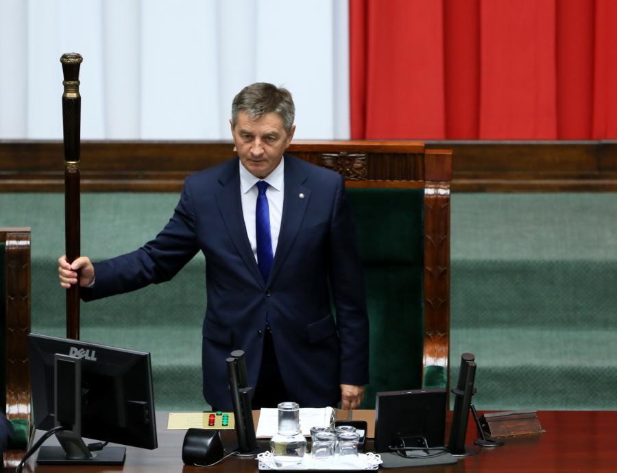 Marszałek Sejmu Marek Kuchciński otwiera pierwsze po wakacyjnej przerwie posiedzenie Sejmu
