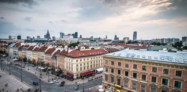 Jak ocenił Śpiewak, odejścia radnych to również kolejne świadectwo tego, że Platforma nie jest w stanie obronić Warszawy przed PiS-em