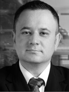 Mariusz Swora, adwokat dr hab. kancelaria Swora Legal, w latach 2007–2010 prezes Urzędu Regulacji Energetyki