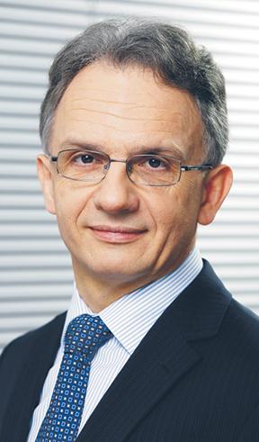 Waldemar Markiewicz, prezes Izby Domów Maklerskich, a od 1999 r. prezes Domu Maklerskiego DB Securities. Współzałożyciel i zarządzający biura ProCapital, którym kierował od 1995 r.