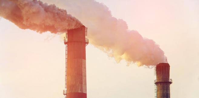 Darmowych uprawnień do emisji CO2 ma być mniej i mają być droższe