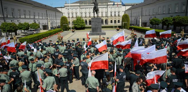pikieta celników w Warszawie