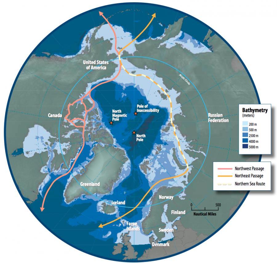 Arktyka i główne szlaki transportowe. Na różowo zaznaczono Przejście Północno-Zachodnie, na pomarańczowo - Przejście Północno-Wschodnie, na żółto (przerywana linia) - Północną Drogę Morską. Źródło: Susie Harder - Arctic Council - Arctic marine shipping assessment - http://www.arctic.noaa.gov/detect/documents/AMSA_2009_Report_2nd_print.pdf, Public Domain, https://commons.wikimedia.org/w/index.php?curid=36253405