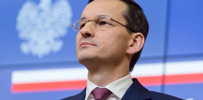 Wielu doradców sugeruje premierowi Morawieckiemu, by zrezygnował ze zniesienia limitu