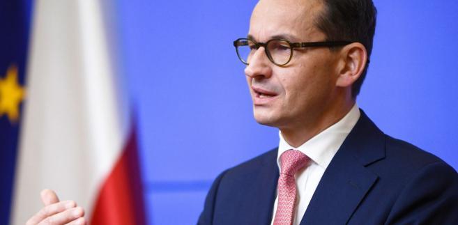 Morawiecki podkreślał, że jednym ze strategicznych celów Unii jest transformacja energetyczna, która - według niego - wymaga połączenia konkurencyjności cen z geopolitycznym realizmem.