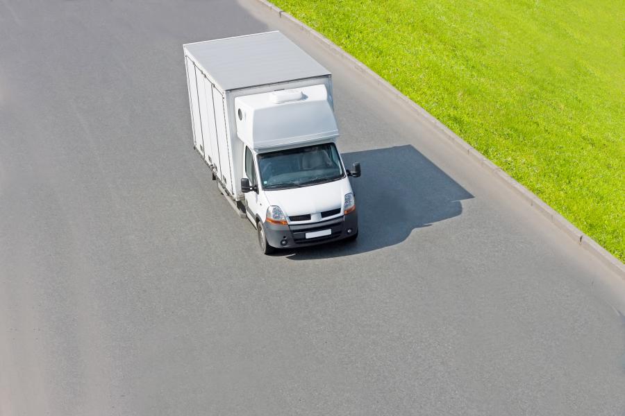 Samochód dostawczy. fot. shutterstock