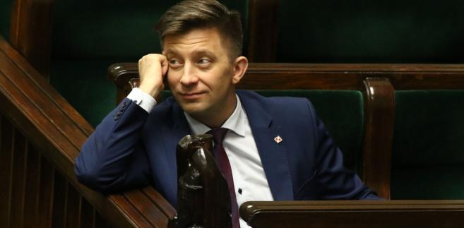 """Przyznał, że on koordynuje te rozmowy, ale - jak zaznaczył - biorą w nich udział przedstawiciele lokalnego PiS oraz władze partii. """"My jesteśmy otwarci, co powtarzał wielokrotnie prezes (PiS, Jarosław) Kaczyński, premier (Mateusz) Morawiecki, na dialog ze wszystkimi"""" - zadeklarował."""