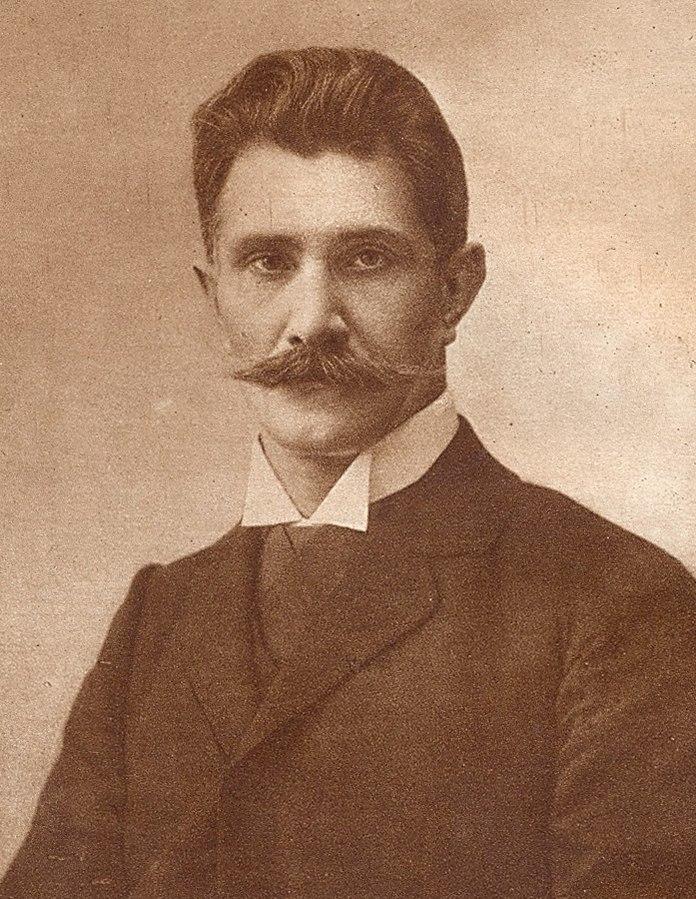 """Ignacy Daszyński By Unknown author (Ignacy Daszyński """"Pamiętniki"""" Kraków 1925) [Public domain or Public domain], via Wikimedia Commons"""