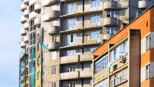 """W portalach internetowych, agencjach nieruchomości, a także w zarządach mieszkań komunalnych przybywa ofert typu """"pilnie zamienię mieszkanie""""."""