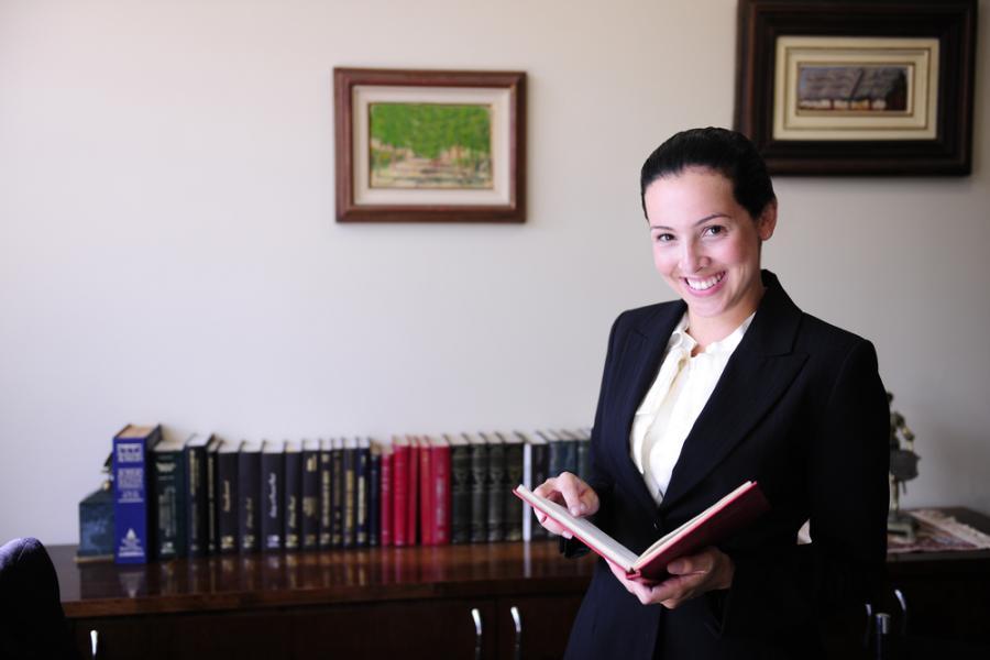 prawo, prawnik, prawniczka, kancelaria prawna (fot. shutterstock.com)