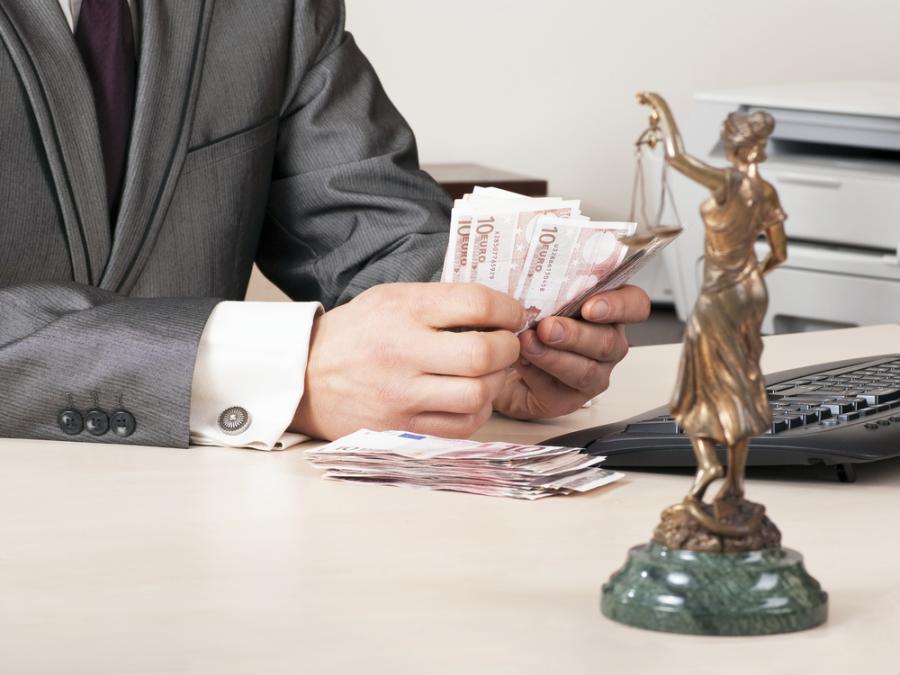 prawo, pieniądze, prawnik