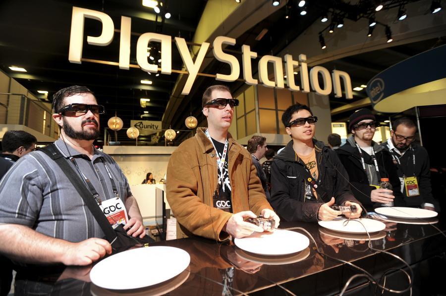 Gra za pomocą PlayStation 3D firmy Sony