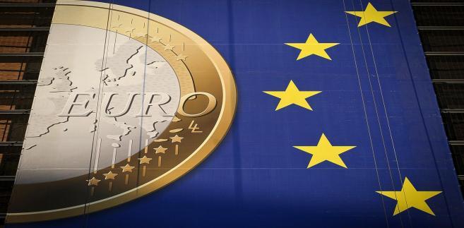 Jest góra osiem państw, które chcą uczestniczyć we wzmocnionej współpracy w sprawie podatku od transakcji finansowych.