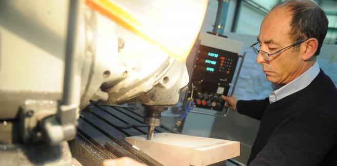 Produkcja przemysłowa we wrześniu 2012 r. spadła w 27 działach gospodarki, wzrosła zaś w 7.