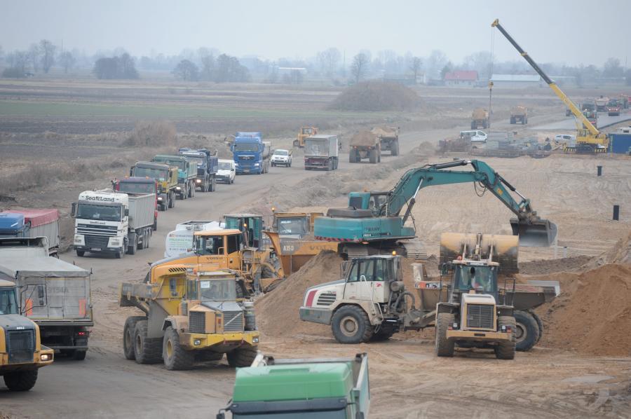Budowa autostrady A2 na odcinku warszawa-Łódź (zdjęcia sprzed roku)